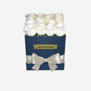 Fehér rózsadoboz – Kocka – Közepes – Friss virágból