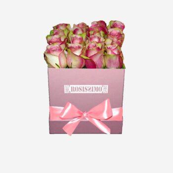 Rózsaszín-fehér rózsadoboz – Kocka – Közepes – Friss virágból