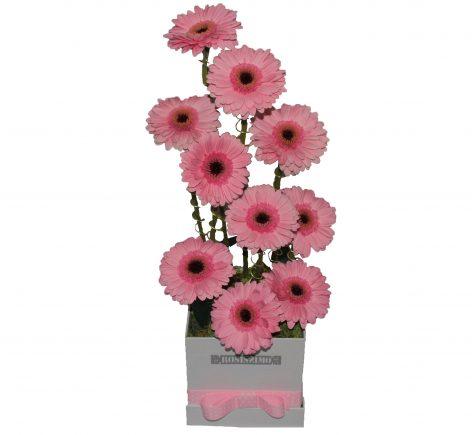 Gerbera torony - dobozban - Rózsaszín
